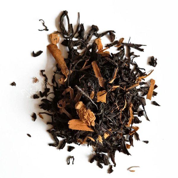 La Cannelle et du Gingembre dans le thé